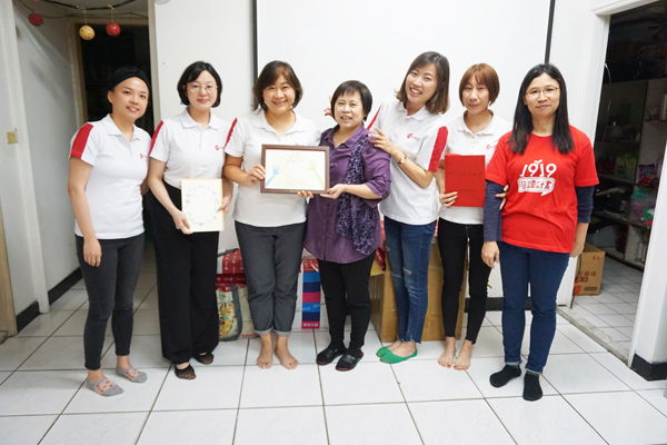 """DKSH Taiwan brings holiday joy with the """"Shoebox Christmas gift initiative"""""""